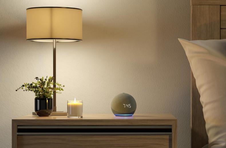 Echo Dot 4 reloj mesita de noche